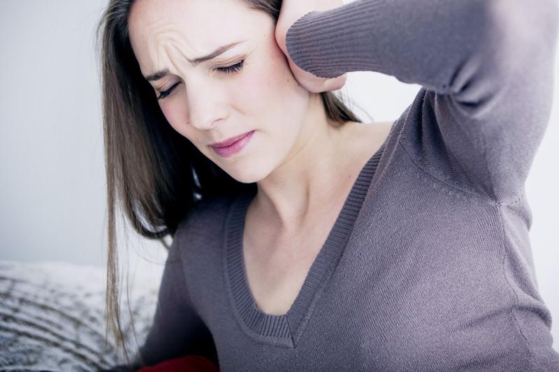 Tinnitus, Ear Noises, Knalltraum, Ohrenklingeln, Ohrensausen, Ohrgeräusche